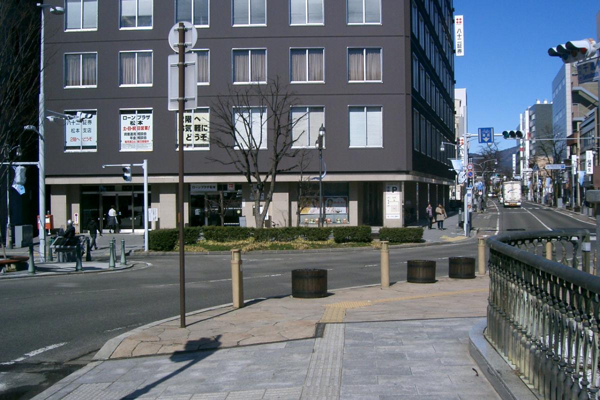 松本市内、現在の枡形門
