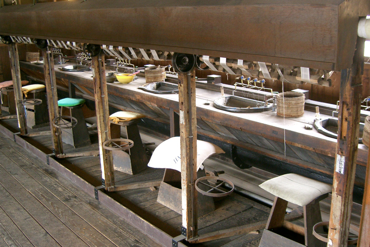 松本市歴史の里内の旧昭和興業製糸場