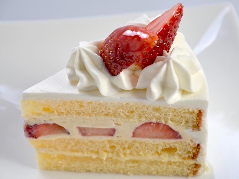 クワトロクオーレの苺のショートケーキ